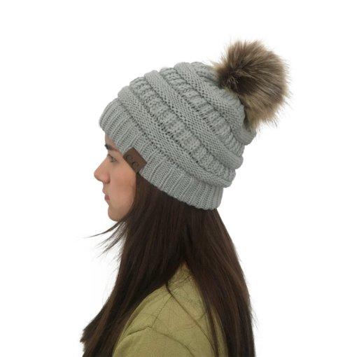 Grey 510x510 - Touca de Croche Feminina com Pom Pom