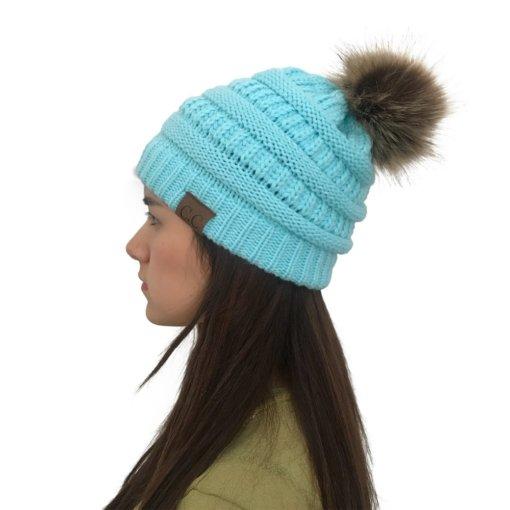 Sky Blue 510x510 - Touca de Croche Feminina com Pom Pom