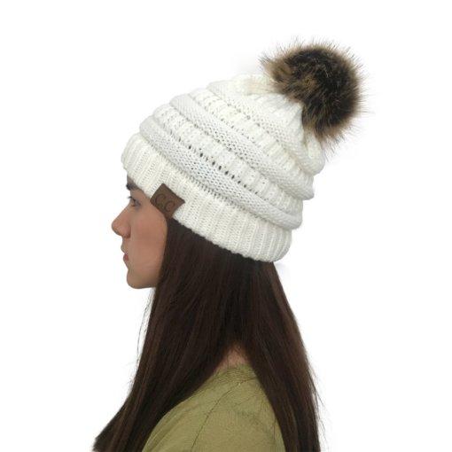 White 510x510 - Touca de Croche Feminina com Pom Pom